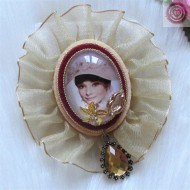 Broche Audrey Hepburn  REGALOS10
