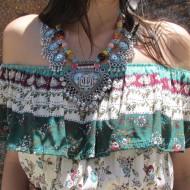 Collar boho BOHEMIAN con adornos en color plata y turquesa