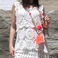 Collar Boho Chic POMPON decorado con borlas conchas cuentas facetadas abalorios pompón