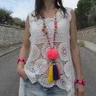 Collar Boho Chic POMPON VERDE decorado con borlas conchas cuentas facetadas abalorios pompón